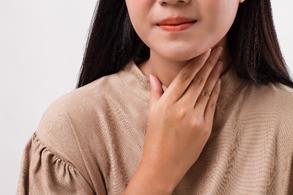 """Điều trị đau họng, viêm họng như thế nào là đúng?"""""""